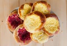 Torte di formaggio casalinghe fragranti rustiche deliziose fotografia stock