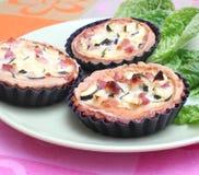 Torte fresche con lo zucchini ed il bacon Immagini Stock