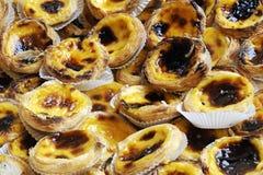 Torte portoghesi della crema immagine stock