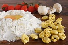 tortellini макаронных изделия Стоковые Изображения
