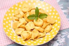 tortellini stock afbeeldingen