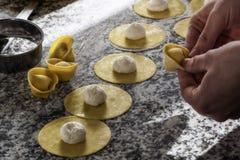 Tortellini dell'alimento con il tartufo Fotografia Stock Libera da Diritti
