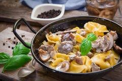 Tortellini italien de pâtes Photo libre de droits