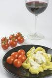 Tortellini met roomsaus en tomaat Royalty-vrije Stock Fotografie
