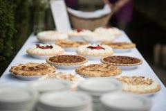 Torten-Apple-Kirscheerdbeerbeere Lizenzfreie Stockfotografie