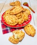 Torten, gebacken mit Kartoffeln stockbilder