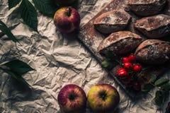 Torten mit Äpfeln stockfotografie