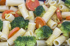 Tortiglione mit Broccoli  in Knoblauchrahm Stock Photography