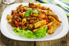 Tortiglioni with sauce bolognese Royalty Free Stock Photos