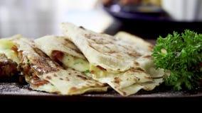 Tortilla με τα λαχανικά απόθεμα βίντεο