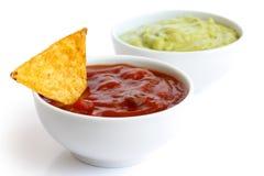 Tortilla τσιπ και εμβυθίσεις στοκ εικόνα με δικαίωμα ελεύθερης χρήσης