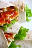 Tortilla avec du fromage et la salade verte Photos libres de droits