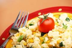 Tortilla de huevos con los vehículos Imagenes de archivo