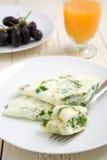 Tortilla de huevos de la clara de huevo y de la espinaca Imágenes de archivo libres de regalías
