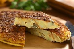 Tortilla de huevos española de la tortilla Imágenes de archivo libres de regalías