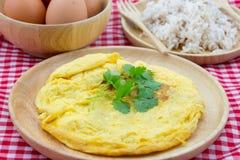 Tortilla de huevos tailandesa fotos de archivo libres de regalías