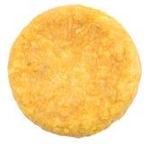 Tortilla espagnole (omelette) sur le fond blanc Images stock