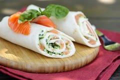 Tortilla med en röd fisk Royaltyfria Foton