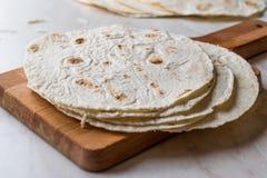 Tortillas mexicanas hechas en casa para el Tostada fotografía de archivo