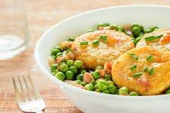 Tortini della patata con i piselli Fotografie Stock