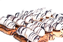 tortowa czekoladowa śmietanka nawadniał biel Zdjęcia Royalty Free