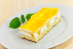 tortowego galanteryjnego jedzenia owoc je mangowe serie yellow Zdjęcia Royalty Free