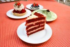 Tortowy lub czerwony aksamita tort Obrazy Royalty Free