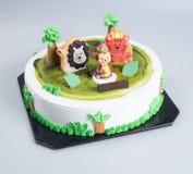 tortowych lub Kreatywnie zwierząt o temacie tort na tle ilustracja wektor