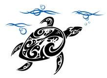 Tortue en eau de mer Image libre de droits