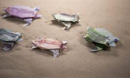 Tortues d'origami des billets de banque Image stock