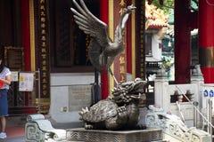 Tortuga del dragón y estatuas bermellonas del pájaro cuatro animales celestiales de guarda chino de la mitología imagenes de archivo