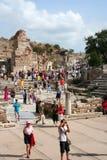 Toruists dans l'Izmir-dinde d'ephesus- Photos libres de droits