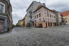 Torum, Polonia - 18 maggio: Via pedonale ammucchiata su una molla dentro Immagini Stock Libere da Diritti