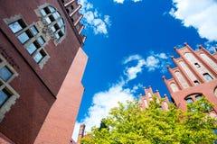 Torun Polen - 04 Juli 2016: foto av det härliga universitetet Arkivbild