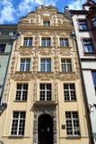 Torun, Polonia: Casa bajo la estrella del oro Fotografía de archivo