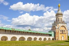 Torzhok Het Klooster van Novotorzhskyborisoglebsky stock fotografie