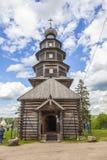 Torzhok Kerk van oud-Voznesenskaya Tikhvin, 1653 stock foto's