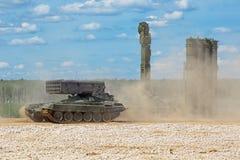 TOS-1和S-300 免版税库存图片