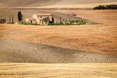 Toscaans platteland na zonsopgang, Toscanië, Italië Royalty-vrije Stock Afbeeldingen