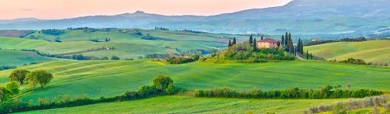 Toscana en la primavera imágenes de archivo libres de regalías