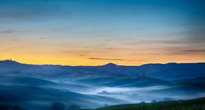 Toskana-Landschaft an der Dämmerung, Pienza, Val-d'Orcia, Italien Stockfoto