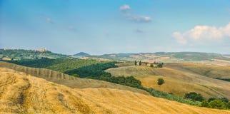 Toskana-Landschaft mit Rolling Hills bei Sonnenuntergang, Val-d'Orcia, Italien Lizenzfreies Stockbild