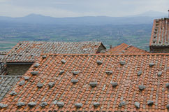 Toskanische Ziegeldächer Stockbild