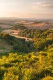 Toskanka krajobraz w ciepłym spokojnym dniu, Włochy Fotografia Royalty Free