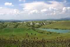 Toskanka krajobraz w Maju zdjęcie stock