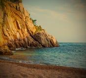 Tossa de Mar, Katalonien, Spanien, ein kleiner Strand nahe C Lizenzfreies Stockbild