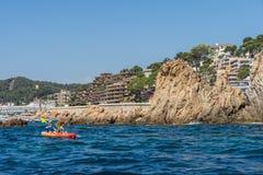 TOSSA DE MAR, SPANIEN - 07, 2017: Dorf Tossa de Mar Costa Brava Stockfotografie
