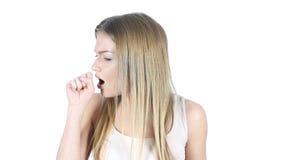Tossendo, donna malata che soffre dalla tosse, fondo bianco fotografie stock libere da diritti