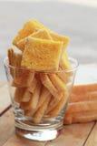 Tostada con mantequilla y la aspersión con el azúcar Imagenes de archivo
