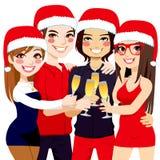 Tostada de los amigos de la fiesta de Navidad Fotografía de archivo
